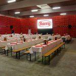 Eine Gain 26 Hellraumleinwand ermöglichte bei der Betriebsratssitzung der Firma Harry Brot in Schenefeld eine kontrasstarke gut lesbare Projektion. Beamer Vermietung Lübeck